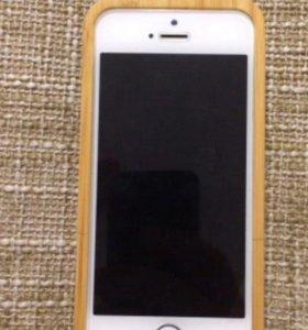 Чехол для iPhone из бамбука
