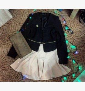 Пиджак ,юбка ,клатч