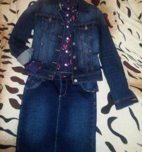 Джинсовка,рубашка и 2 юбки