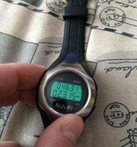 Часы-шагомер Nozomi. Оригинал