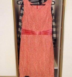 Платье из кружева