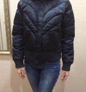 Курточка Reebok