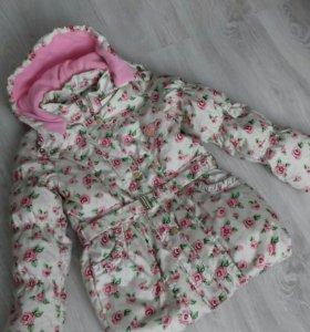 Куртка для девочки 128-134см
