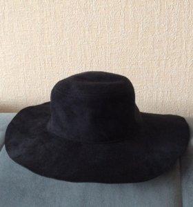 Черная шляпа H&M