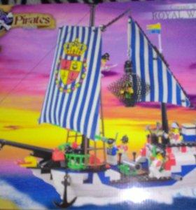 Большой корабль,аналог лего