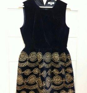 Платье MOSHINO