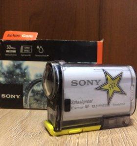 Экшн-камера Sony AS100