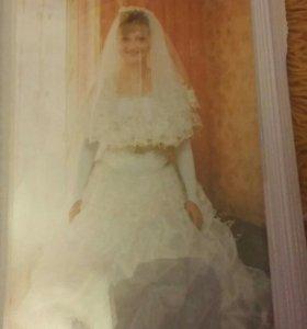 Свадебное платьн