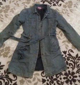 Утепленное джинсовое пальто