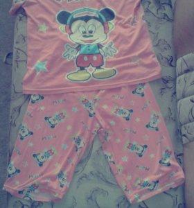 Женская подростковая пижама.