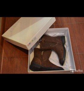 Сапоги geox новые 35 размер
