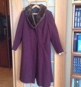 Пальто драповое с воротником из норки
