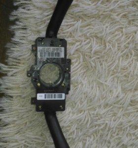 Переключатель под рулевой (стрекоза) Ауди А6 2002г