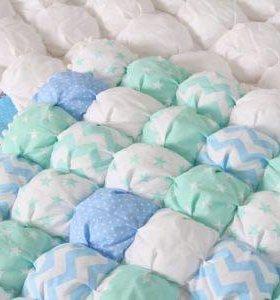 Одеяло, подушки.