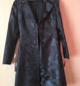 Брендовое пальто и юбка Karen Milen