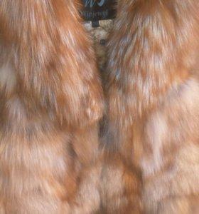 Жилетка меховая из лисички