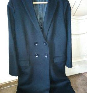Пальто , шарф Zara в подарок