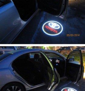 Подсветка дверей Toyota