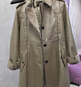 Дублёнка -пальто