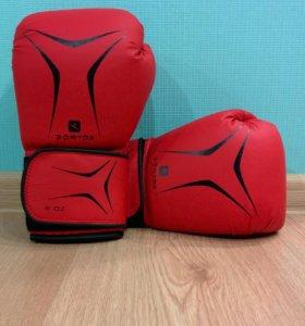 Боксерские перчатки Domyos+ бинты
