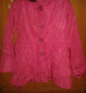 Пальто на девочку от 4-6 лет