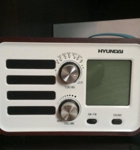 Портативный радиоприемник Hyundai