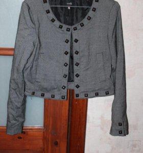 Пиджак Oodji укорочённый