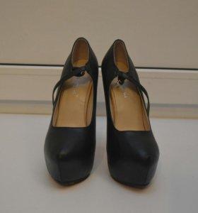 Новые туфли 38 р-р