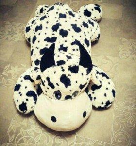 Большая плюшевая корова