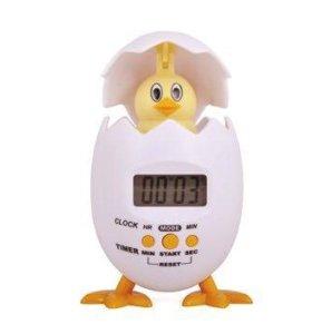 Часы будильник Вылупляющийся цыплёнок