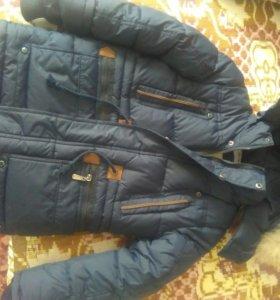 Очень теплая зимняя куртка для мальчика