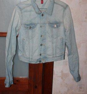 Джинсовая укорочённая куртка H&M