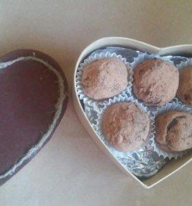 Шоколад и конфеты ручной работы