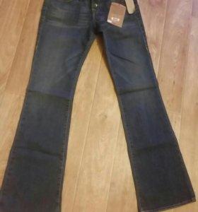 Новые джинсы True Religion waist 30