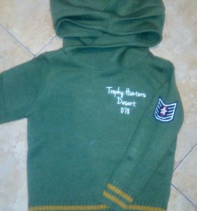 Новый фирменный свитер шерсть 100% р.98