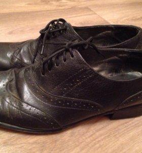 Женские туфли на шнурке