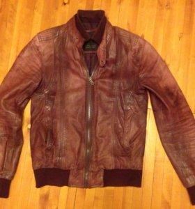Кожаная куртка Zara - размер S