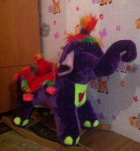 Детская игрушка( слоник качалка)