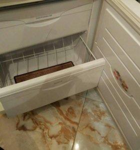 Холодильник Atlant 1700