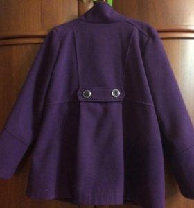Пальто на девочку .