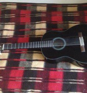 Гитара Yamaha C40 (Чёрная/Эксклюзив) и чехол