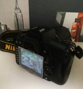Nikon D7000 + объектив Nikkor 18-140 мм.