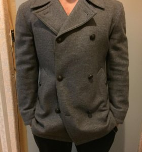 Шерстяное пальто Cacharel.