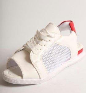 Новые сандали удобные