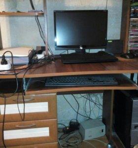 Продам компьютер(жк монитор,системник)+ стол