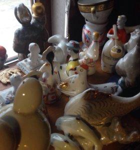 Коллекция фарфоровых статуэток