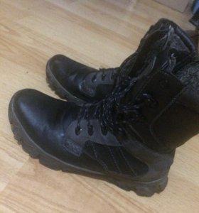 Зимние меховые ботинки 42 р-р