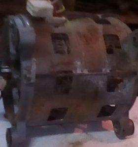 Двигатель 4