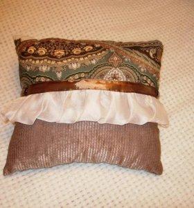 Декоративная подушка на диван, кровать