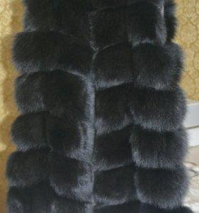 Меховая жилетка из песца